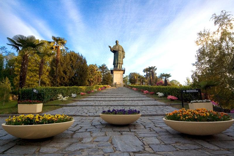 Statua San Carlo Borromeo – Sancarlone