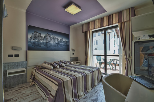 Le-Palme-Hotel-Dormelletto arona lago maggiore