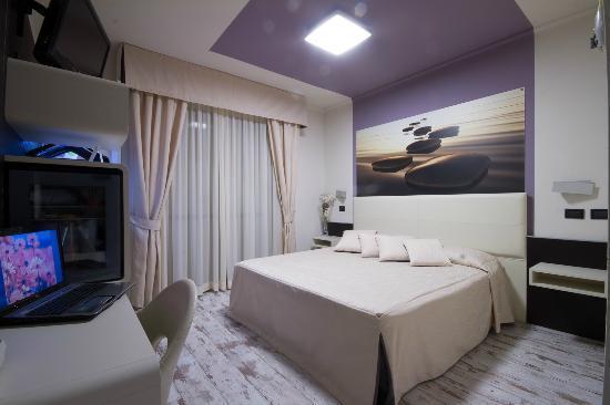 hotel-le-palme-arona-lago maggiore