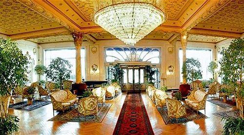 Hotel regina palace stresa lago maggiore lago maggiore for Designhotel lago maggiore