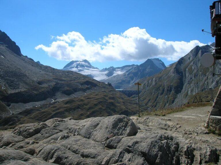 Speciale Trekking di due giorni dei rifugi alti della valle Formazza